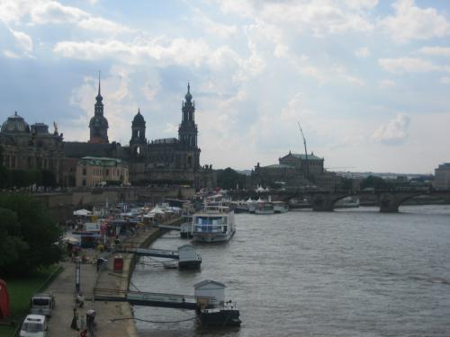 Dresdner Stadtfest 2010 - Blick von der Elbe